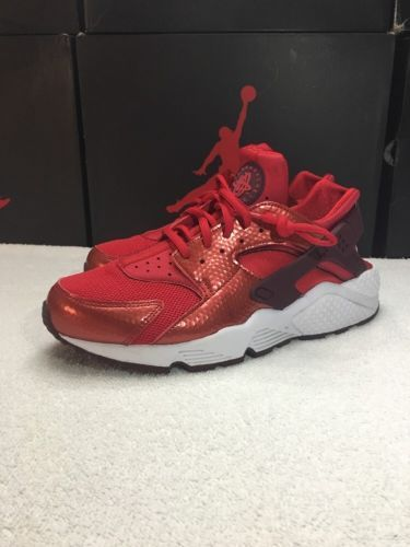 c2b5a6225628e Nike Air Huarache Run Red University Red Women s SZ 10 Night Maroon 634835  605