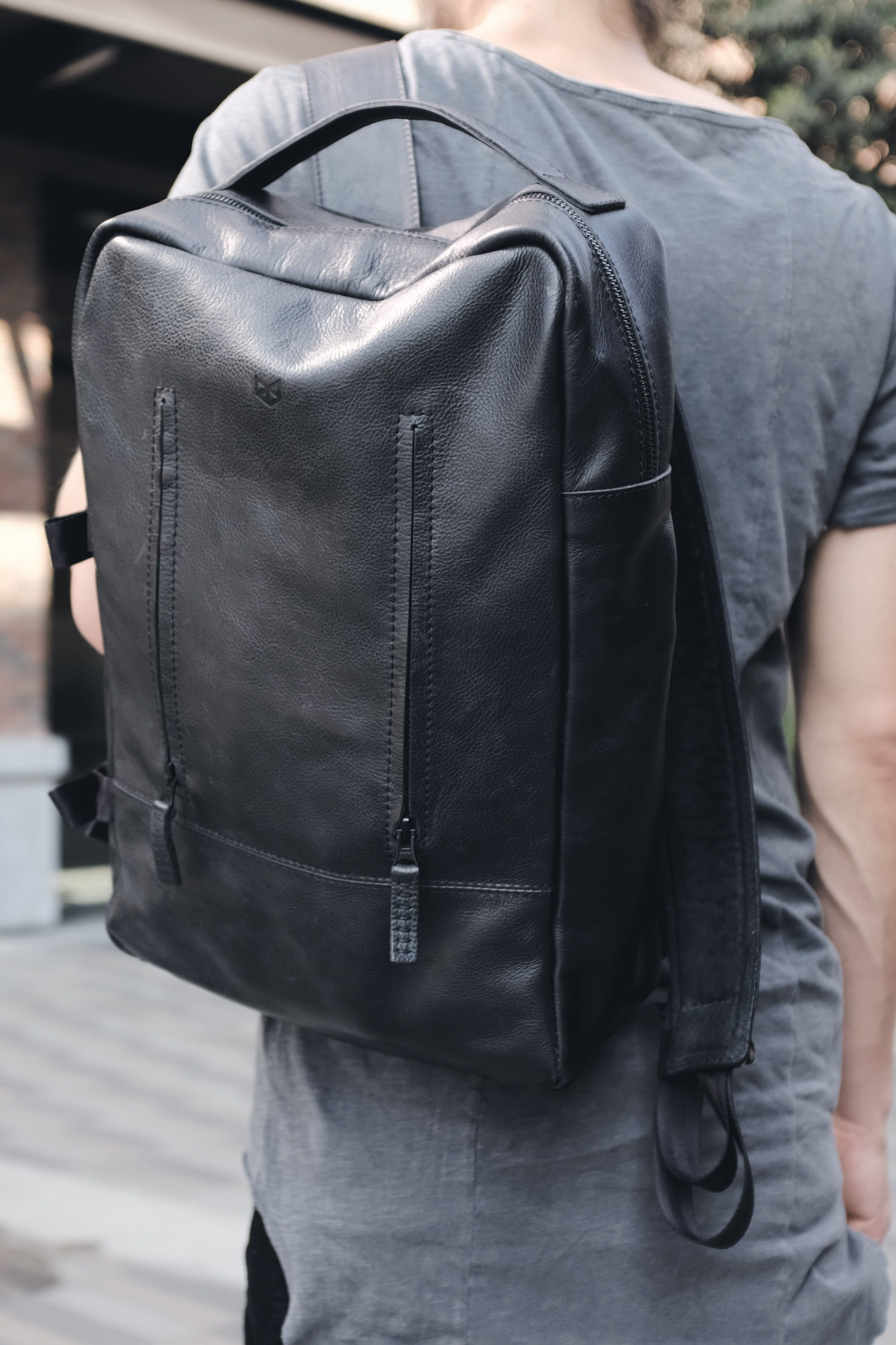 3335199f89a0 Black Leather Shoulder Bag