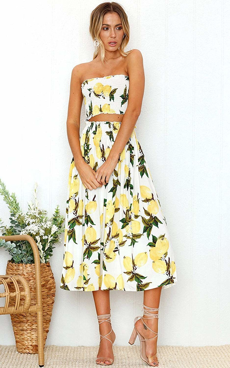 A Refreshing Tube Top And Midi Skirt Set You Re Guaranteed To Rock During Your Next Getaway Two Piece Dress Floral Dresses With Sleeves Two Piece Dress Casual [ 1500 x 938 Pixel ]