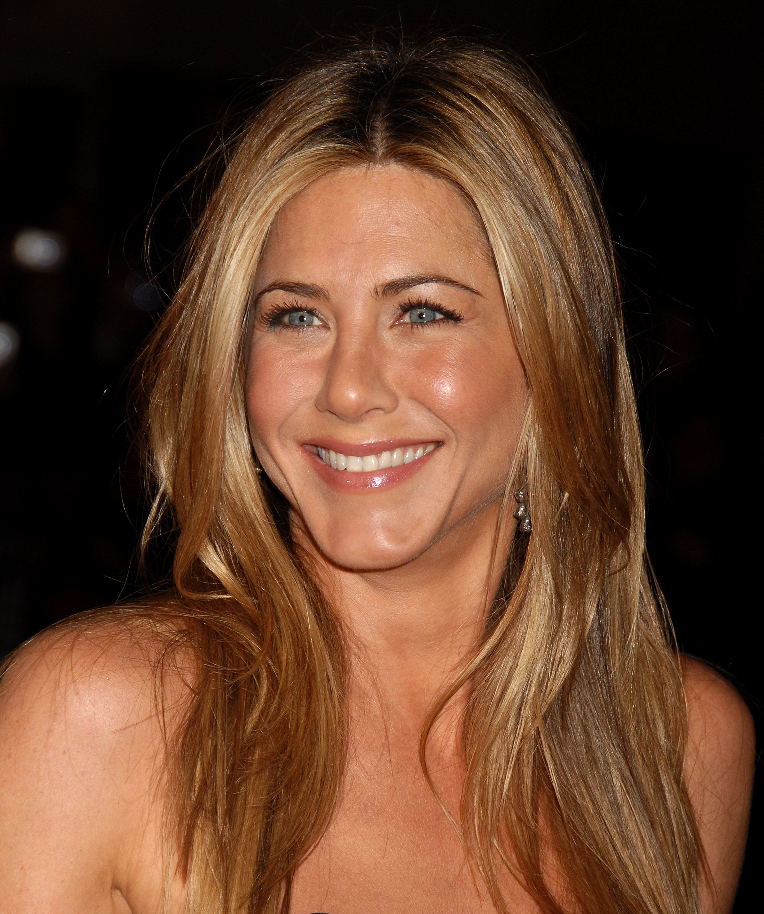 Jennifer Aniston Premiere 20th Century Fox s Marley & Me