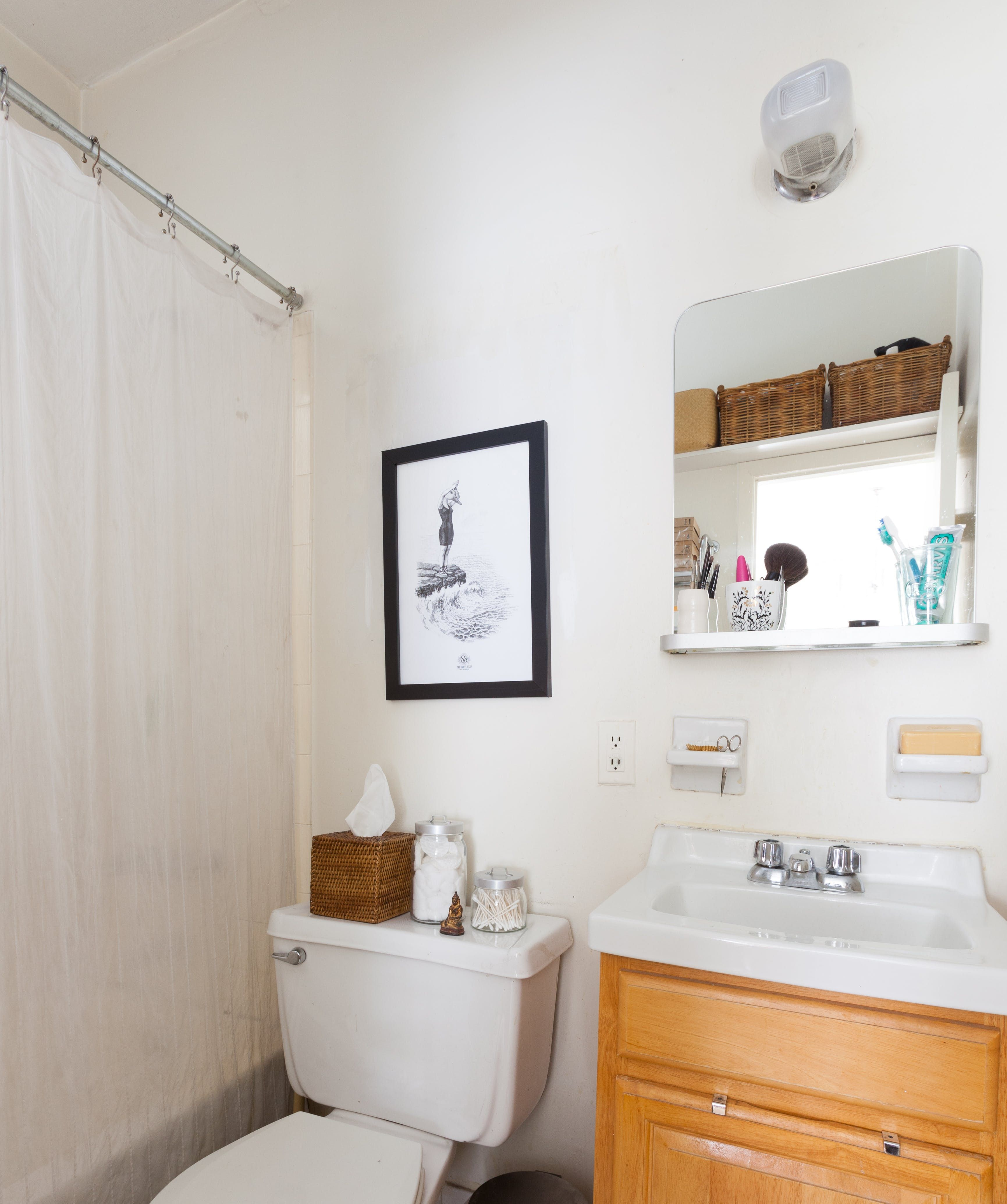 Very Small Studio Apartment: Tour A Very Small But Super Sweet 190-Square-Foot Studio