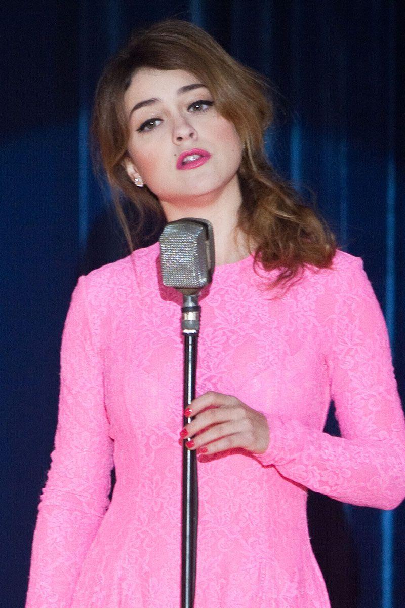 pink!!   Lourdes Hernandez / Russian Red   Pinterest