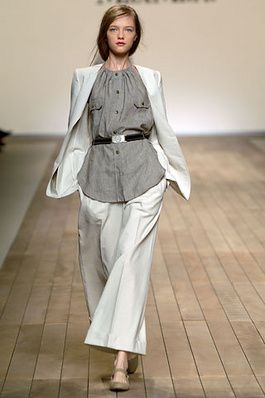 082abe141e31 Max Mara Spring 2006 Ready-to-Wear Fashion Show  Complete Collection -  Style.com
