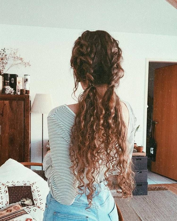 this is so pretty i wish my hair looked like this