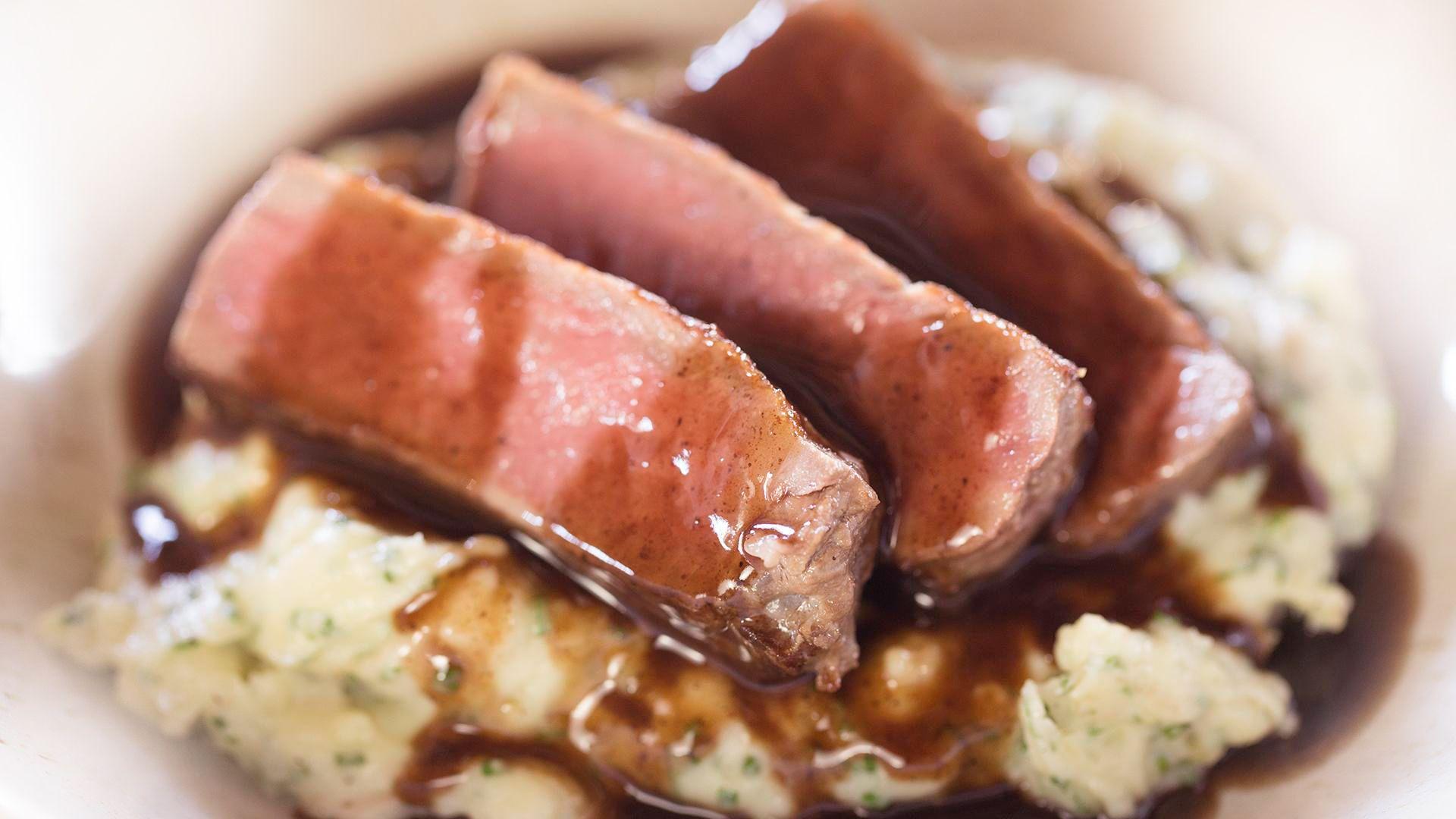 Simple Sous Vide Steak With Red Wine Sauce Sous Vide Recipe Recipe Sous Vide Recipes Smashed Potatoes Recipe Sous Vide Steak