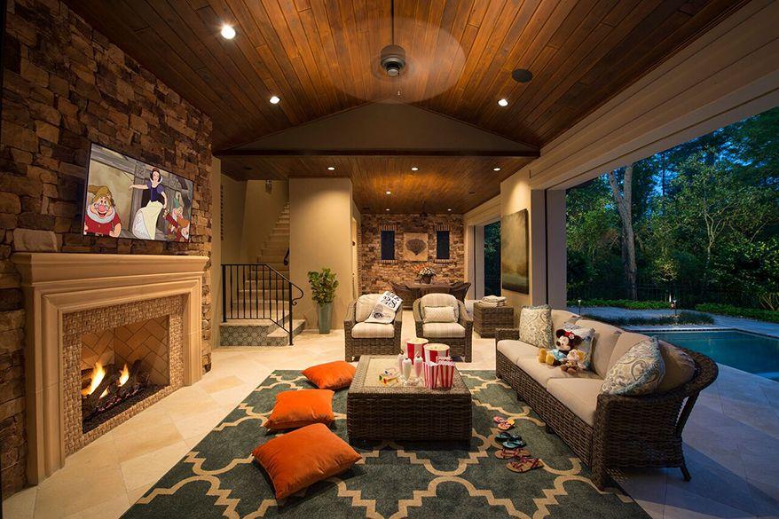 Discover Marceline S Showcase Homes Golden Oak At Disney World