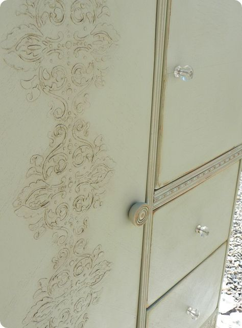 Tutorial: 3-D stenciling and painting/ glazing on furniture...exactly what I want to do!