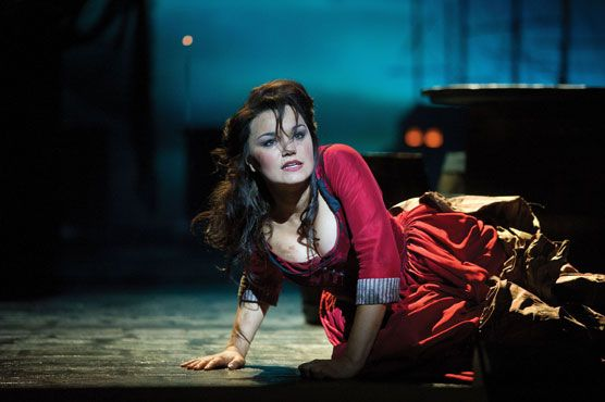 003 Samantha Barks as Nancy in Oliver She is so amazingly