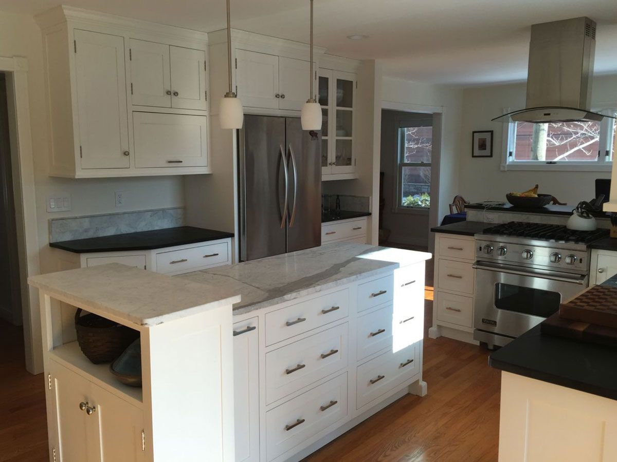 Here Are Some Photos Of A Classic Shaker Style All White Painted Kitchen In An Ann Arbor Historic Colonial Home The In 2020 Kitchen Gallery Kitchen Paint Kitchen