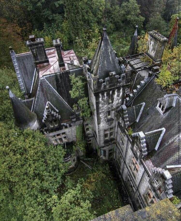 Abandoned Mansions, Abandoned Castles, Abandoned
