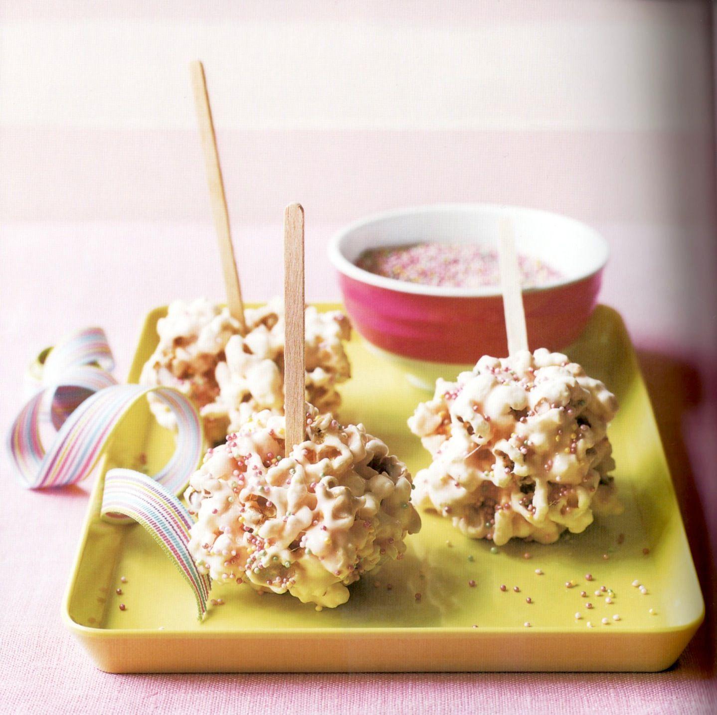 Popcorn marshmallow lollies