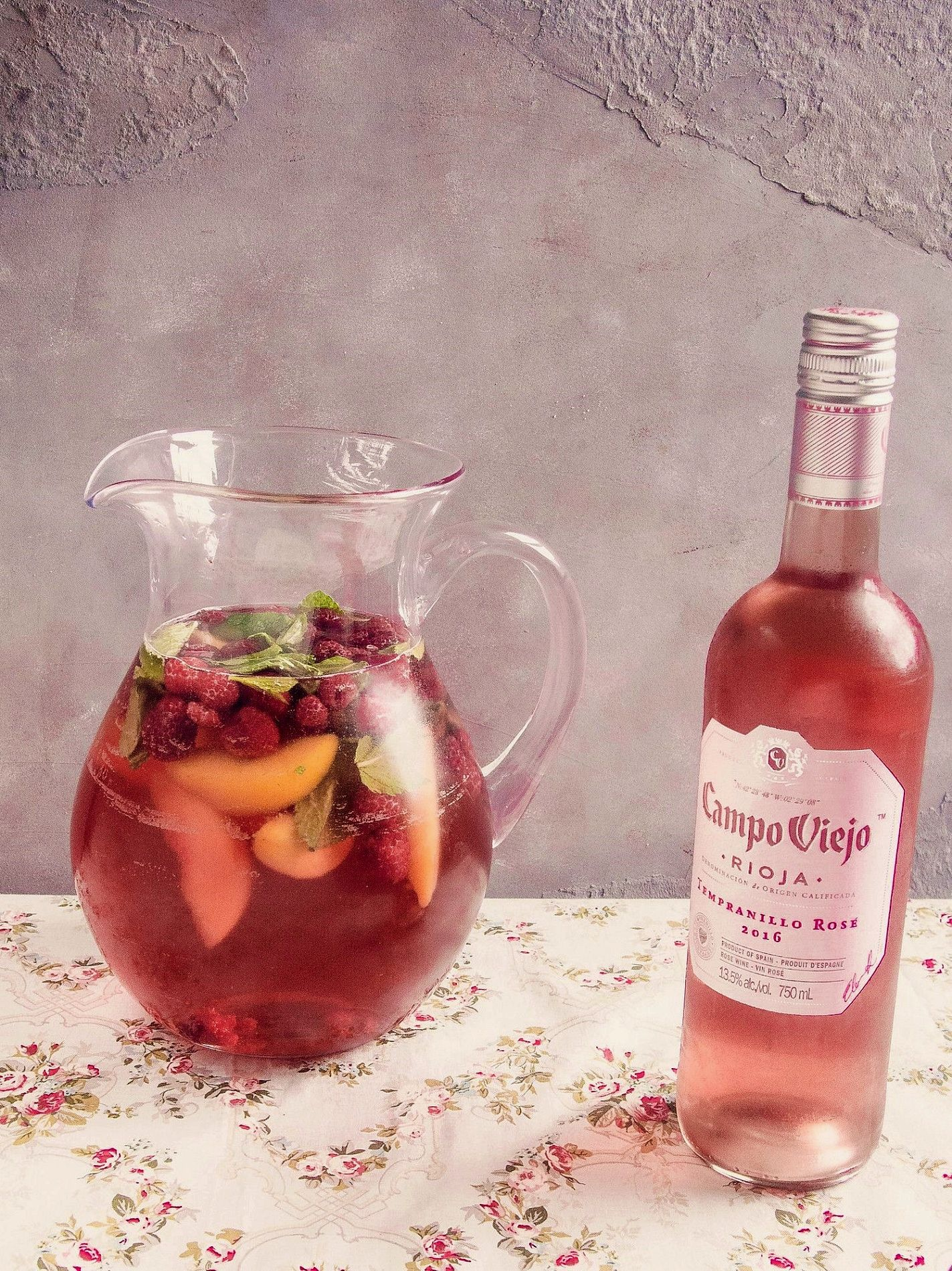 Rose Wine Taste Of Wine Sangria Recipes Wine Recipes Rose Sangria