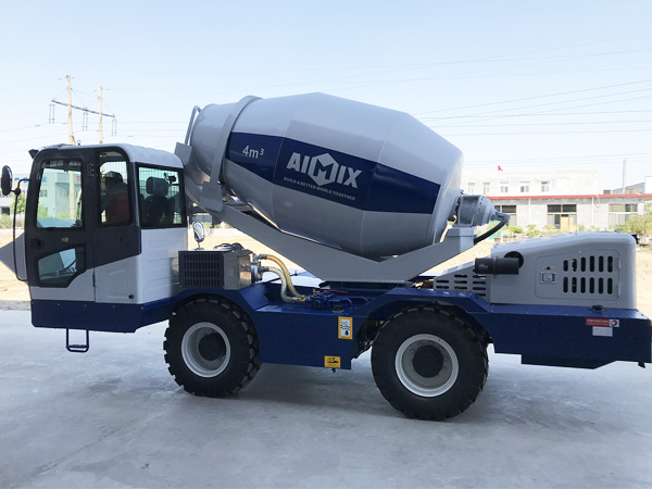 Pin By Amy Zhang On Self Loading Concrete Mixer Truck Concrete Truck Mix Concrete Concrete Mixers