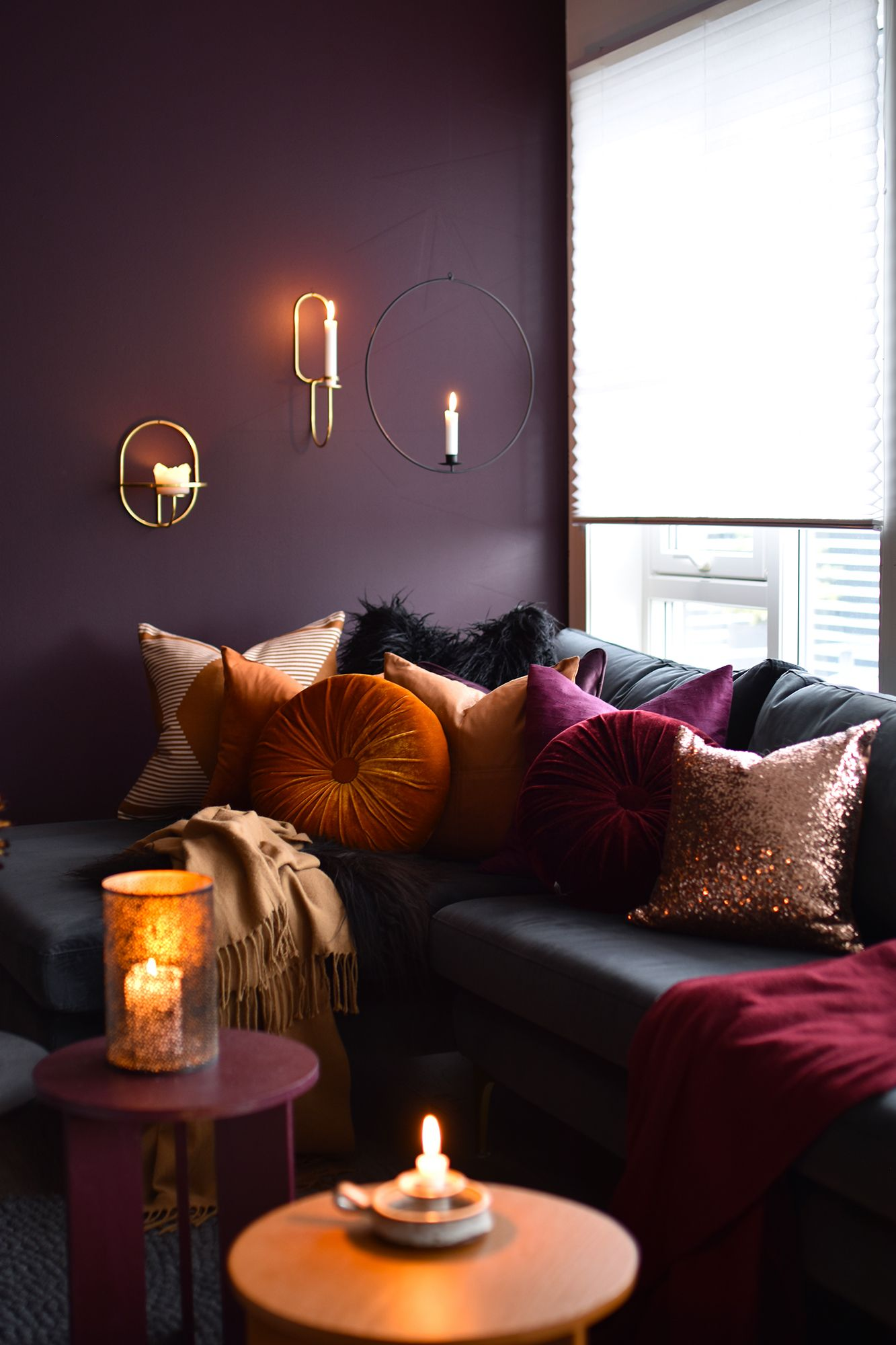 Cosy Plum Burnt Orange And Gold Living Room Minimalistisk Stue