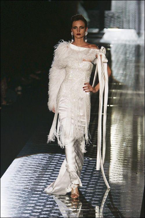 Le défilé Valentino haute couture automne-hiver 2004-2005