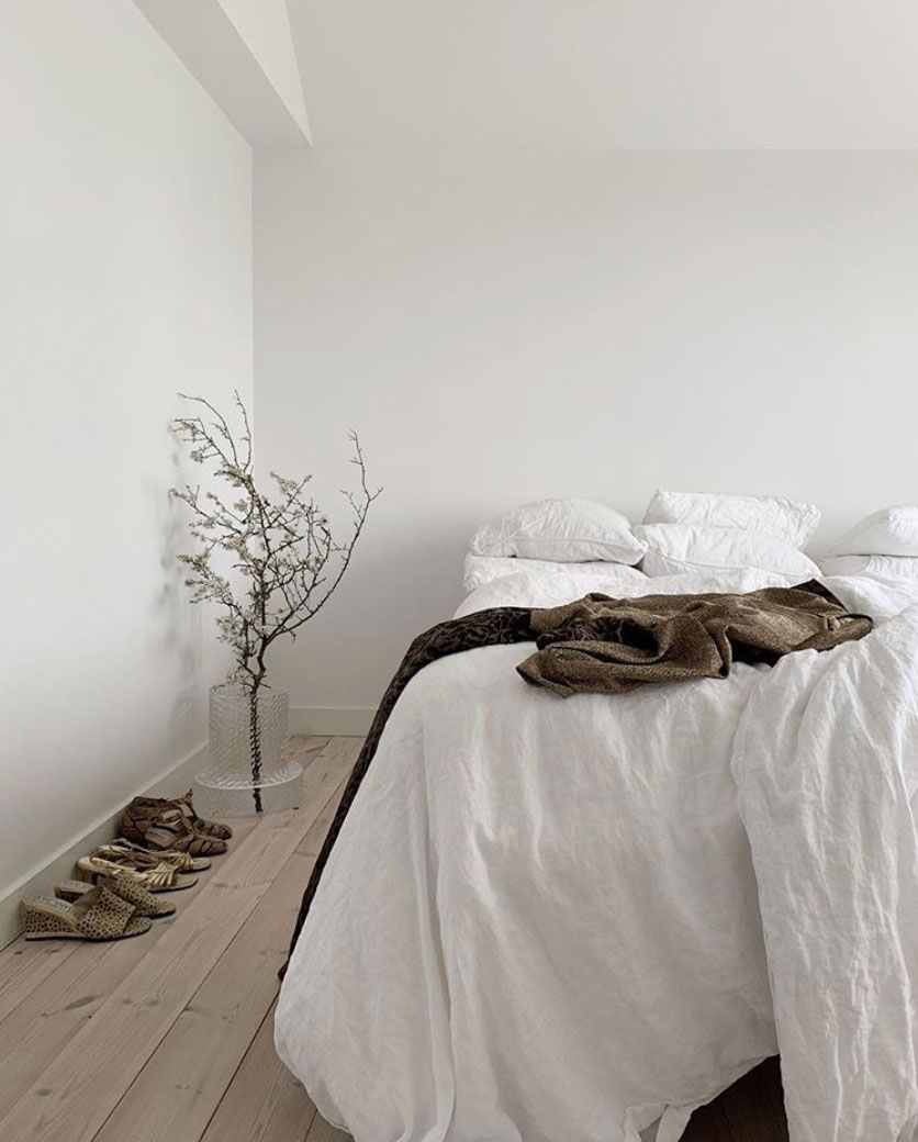 This is How to Create a Beautiful All-White Interior images