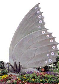 28-foot tall butterfly sculpture, created by St. Louis sculptor Bob Cassilly featured at the Butterfly House, @Beth Nativ Nativ Gall Botanical Garden in St. Louis