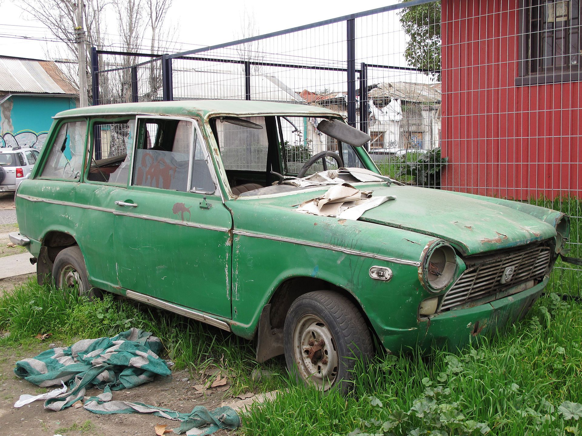 Daihatsu pagno Estate Abandoned cars Pinterest
