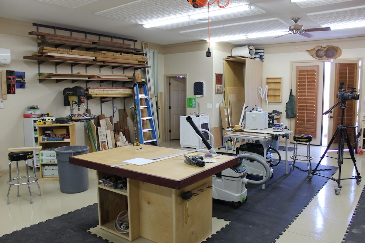 The wood whisperer 12 shop layout tips carpenter 39 s for Small woodworking shop floor plans