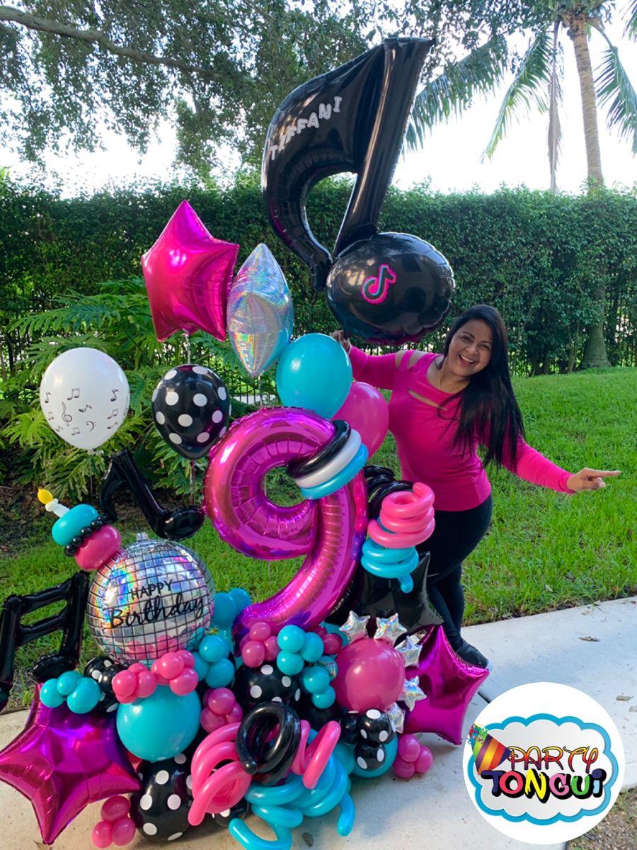 Tik Tok Balloon Bouquet Globos Para Cumpleanos Birthday Balloons Bouquet In 2021 Birthday Balloons Balloon Decorations Party Dance Party Birthday