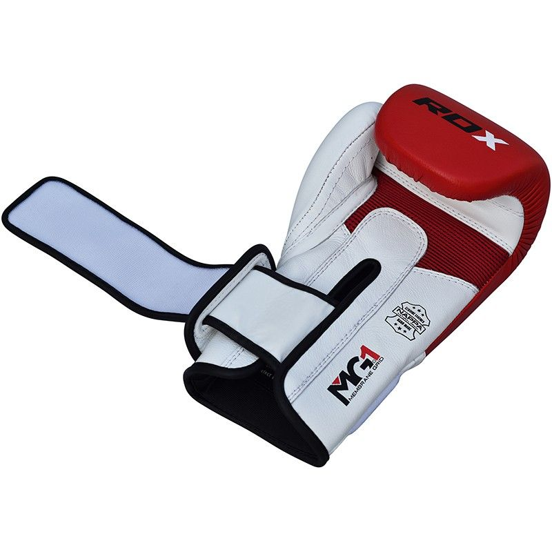 RDX training boxing gloves are made with original full-grain cowhide leather to provide enhanced durability and better resilience. With Shell-Shock™ gel infused Tetra-padding™ these gloves provide better shock a