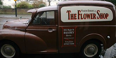 0034377374 FLOWER SHOP STORIES  365 DAYS OF FLOWERS. Delightful delivery van Shop Story
