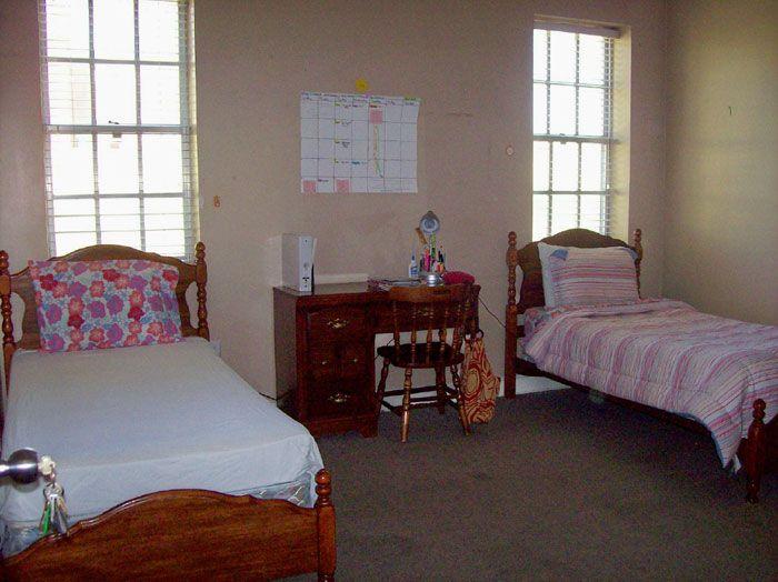 Paden House   Troy University · Troy UniversityDorm RoomSparkle Part 13