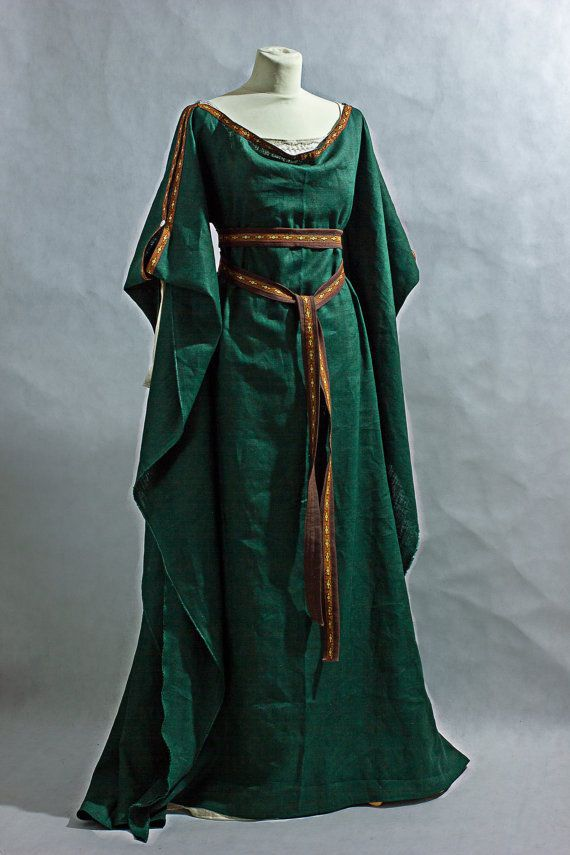 b5e10eae96 Medieval Dress Ceres with underdress