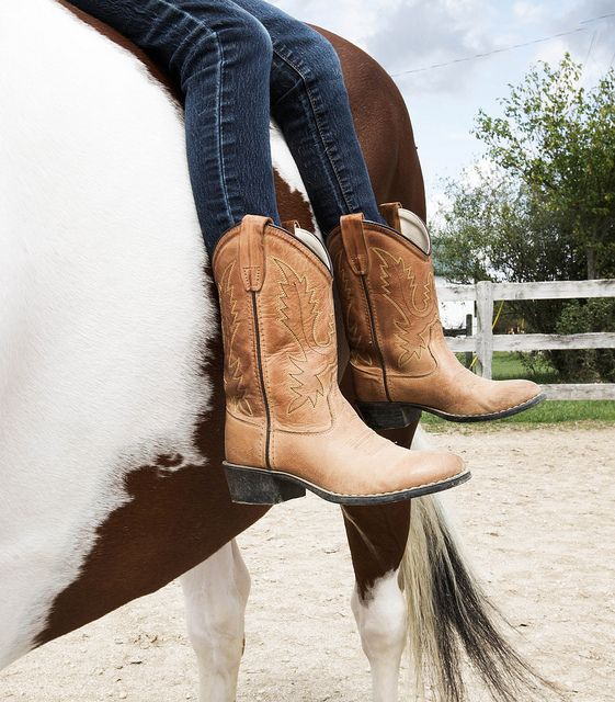 horsesornothing: maras boots by Llitteral on Flickr.