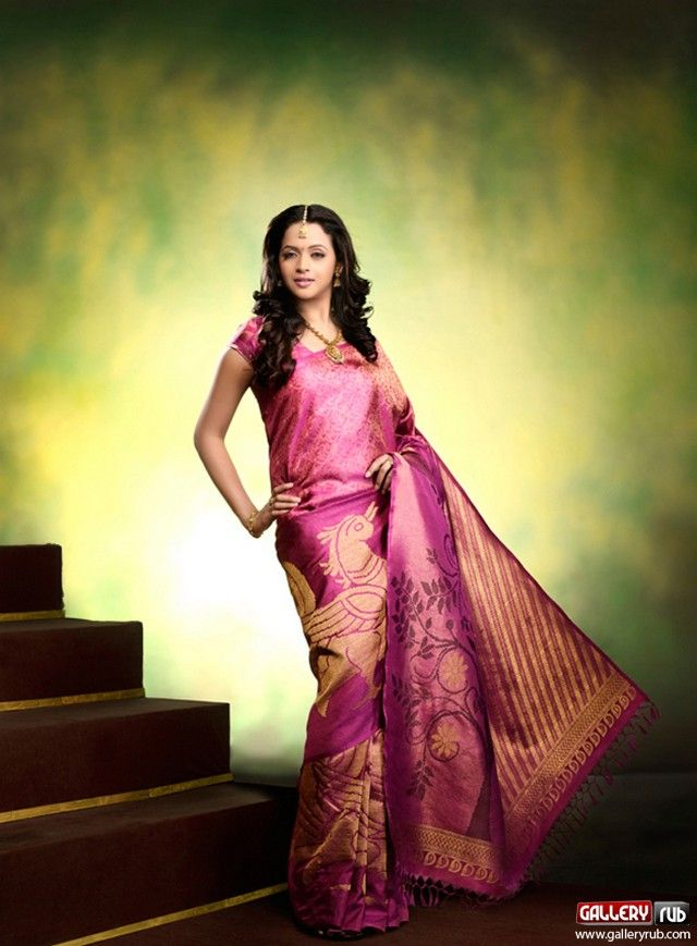 Actress bhavana latest saree photos sarees pinterest bhavana bhavana latest picture in silk saree at photo shoot picture gallery thecheapjerseys Image collections