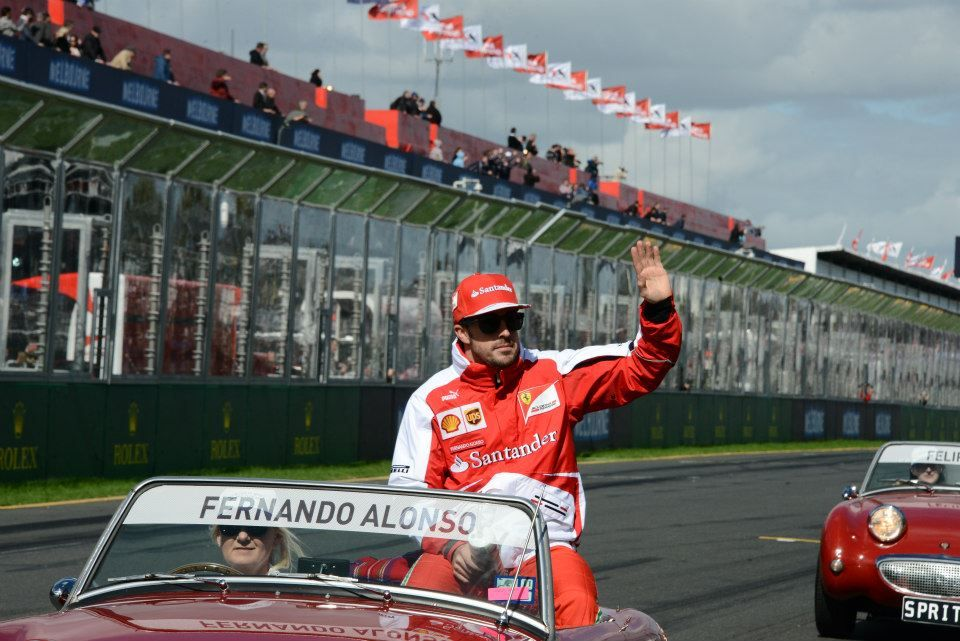 Fernando Alonso at the drivers' parade - 2013 Australian GP