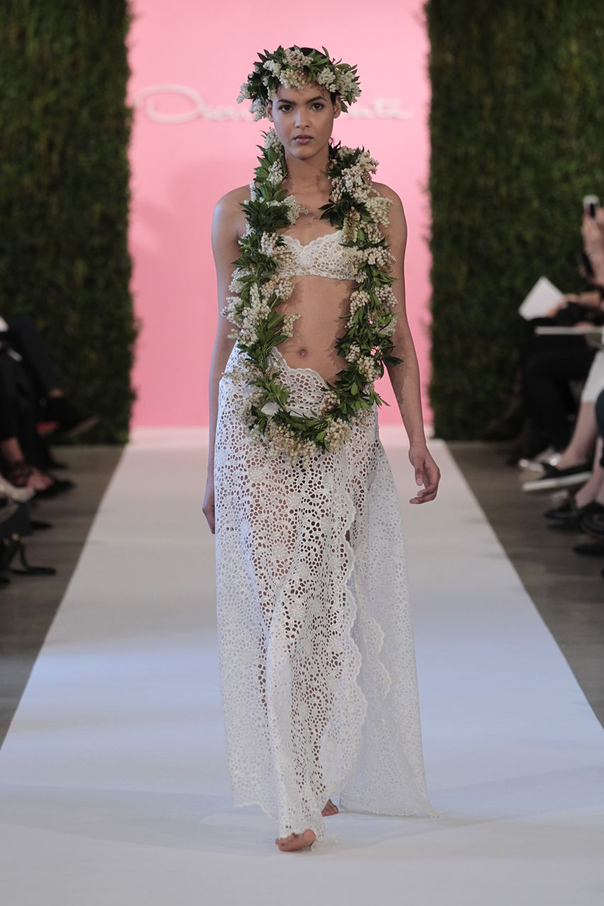 Wedding gown by Oscar de la Renta - I found my wedding dress! @neilainsworth3