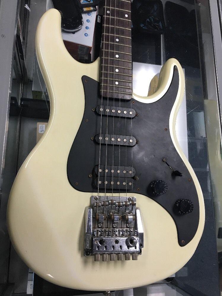 washburn g 2v guitar super strats guitar music instruments music. Black Bedroom Furniture Sets. Home Design Ideas