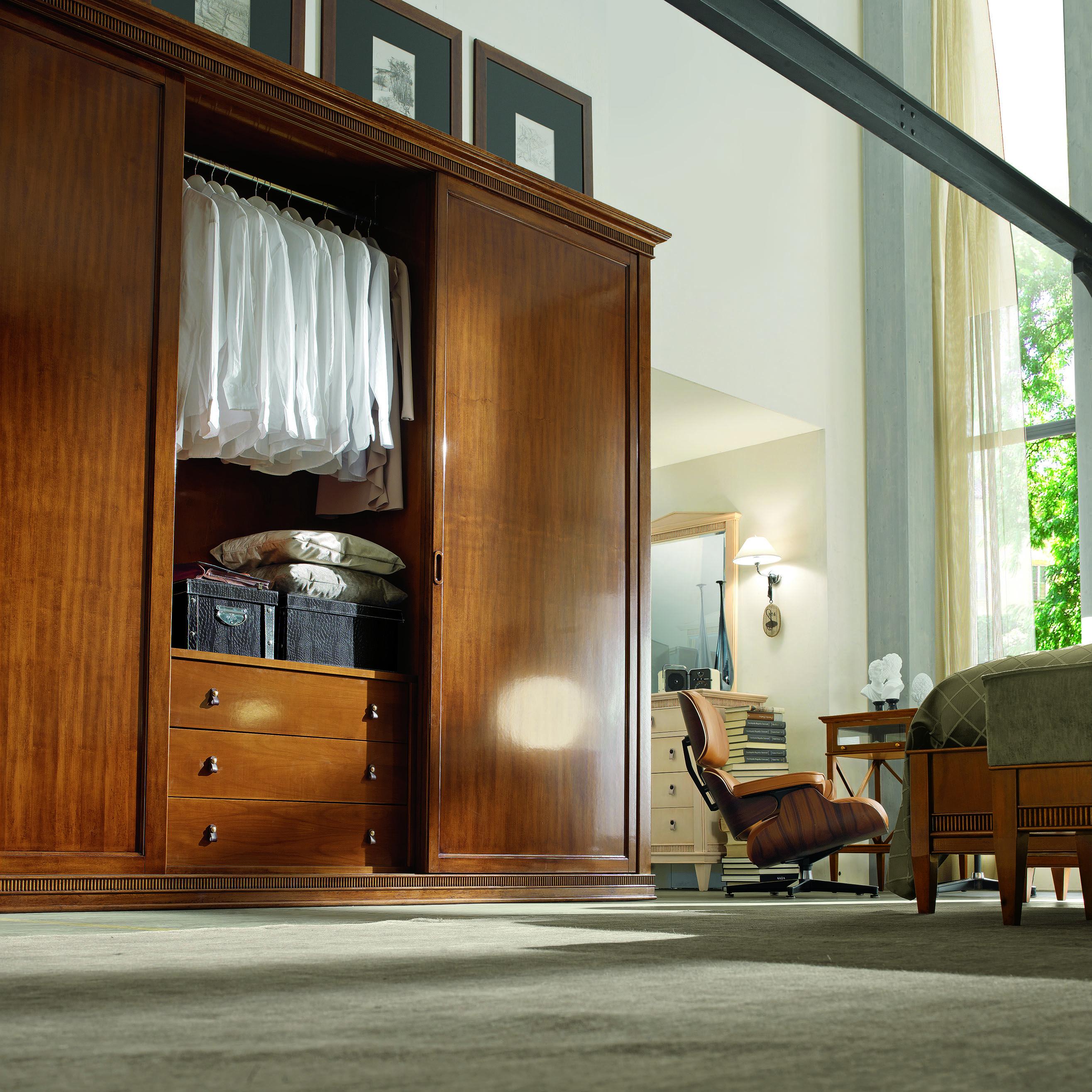 Wardrobe three doors - Armadio tre ante (con immagini ...