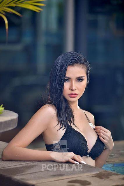 Galeri Foto Seksi Dan Menggoda Model Cantik Chaca Charoline Majalah Popular Download Majalah Dewasa