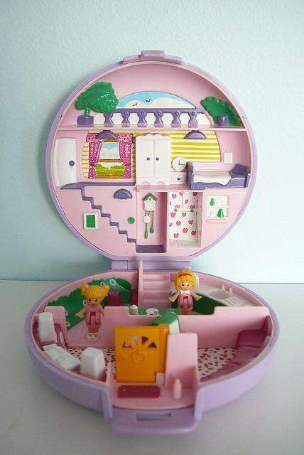 The Most Nostalgia Inducing  90s Toys   Childhood toys   Pinterest     90s Toys   List of Nostalgia Inducing Toys from the 1990s   Polly  Pocket  So so tiny