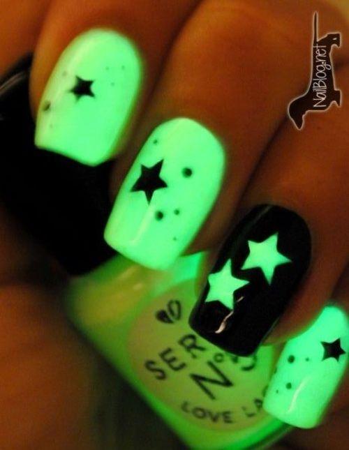 Uñas que brillan en la oscuridad | nail | Pinterest | La oscuridad ...