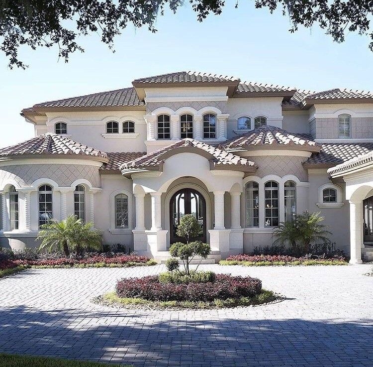 Pin By Vilvin Martinez On Houses With Images Mediterranean