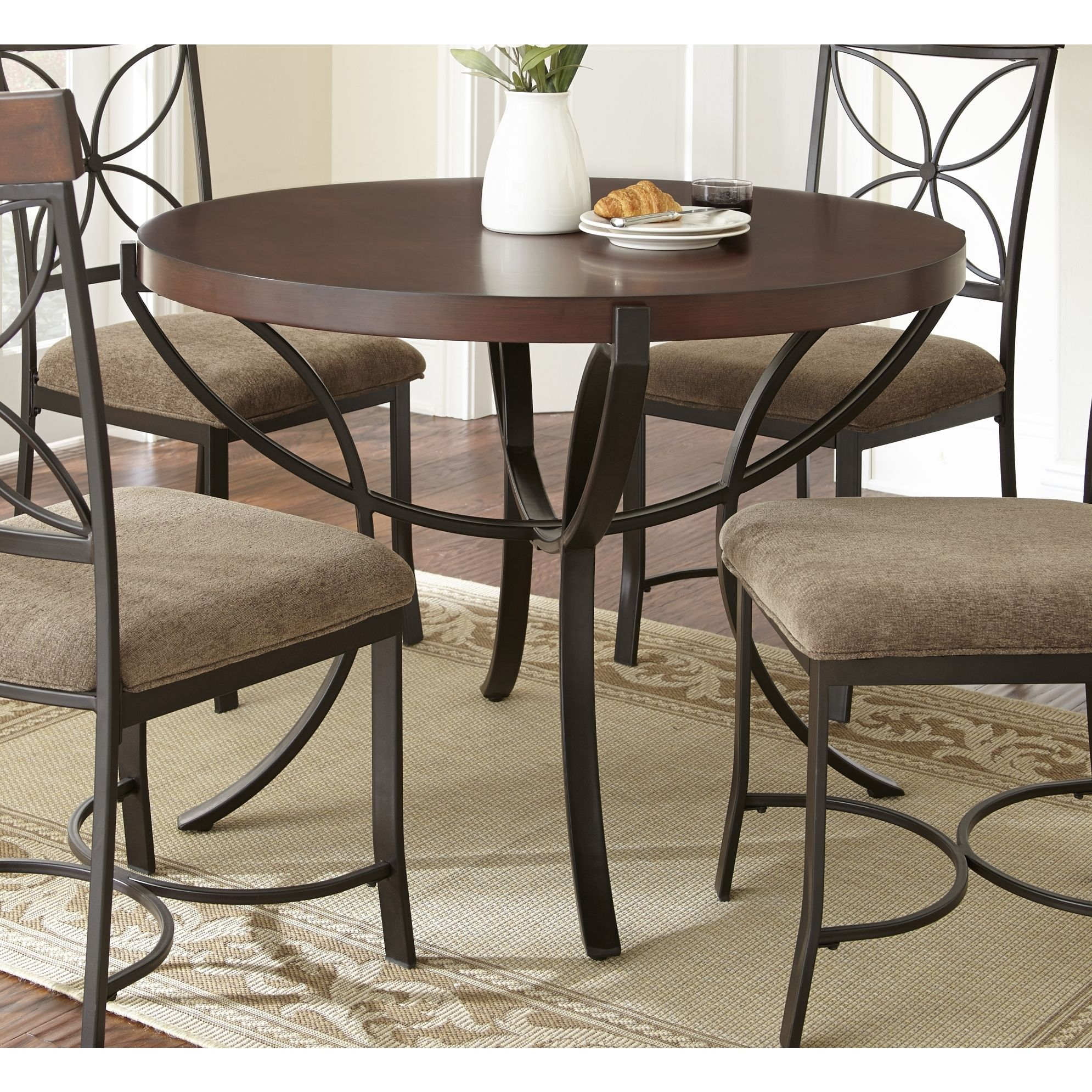 Perfect for casual dining or a more