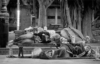 Francisco Wallas: Enquanto os pobres ricos, enquanto os ricos pobres...