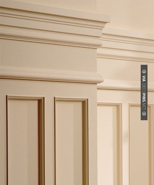 Moldings, Wainscoting And Vaulted