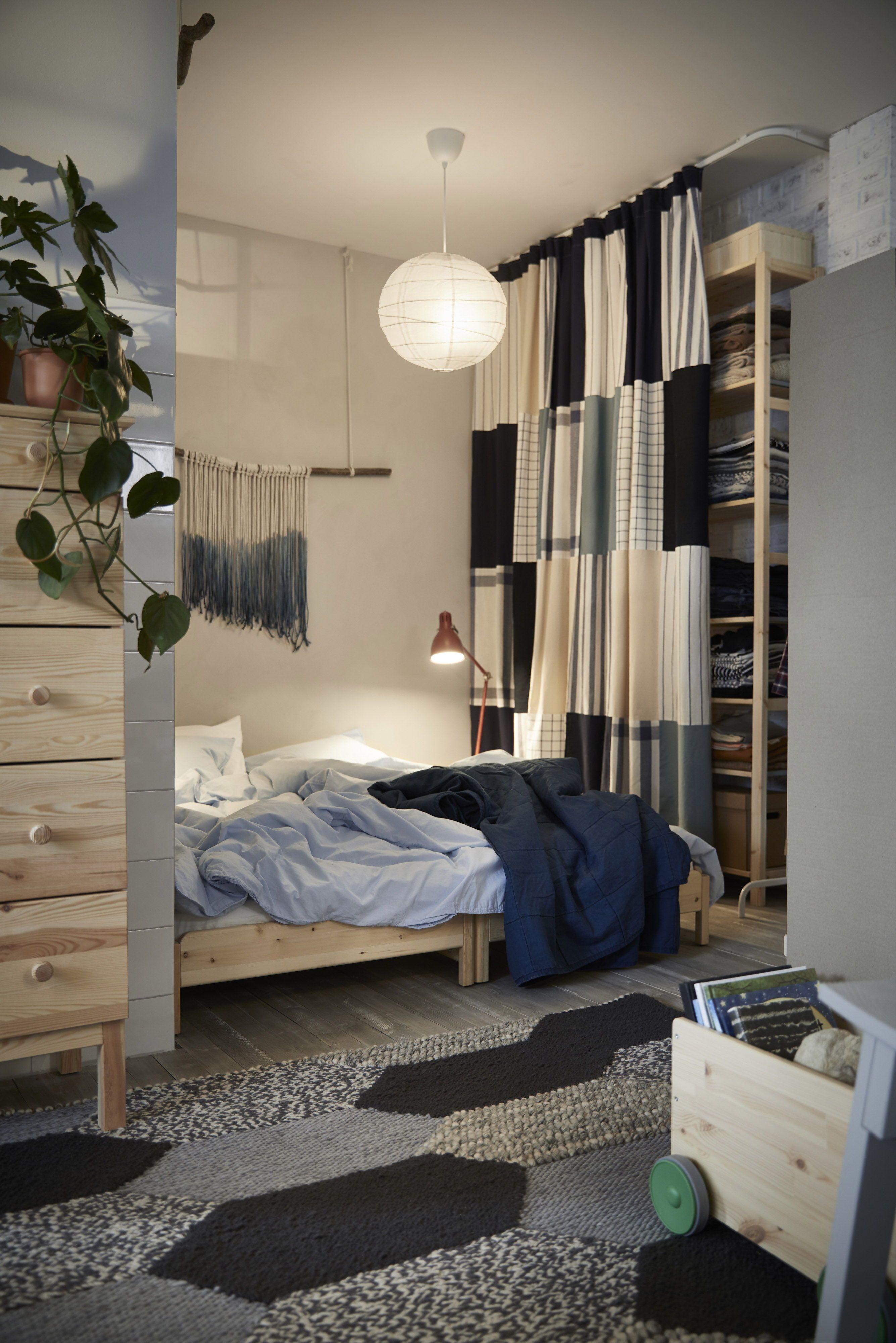 utker stapelbaar bed ikea ikeanl ikeanederland inspiratie wooninspiratie interieur wooninterieur kast vloerkleed dekbed dekbedovertrek bureaulamp