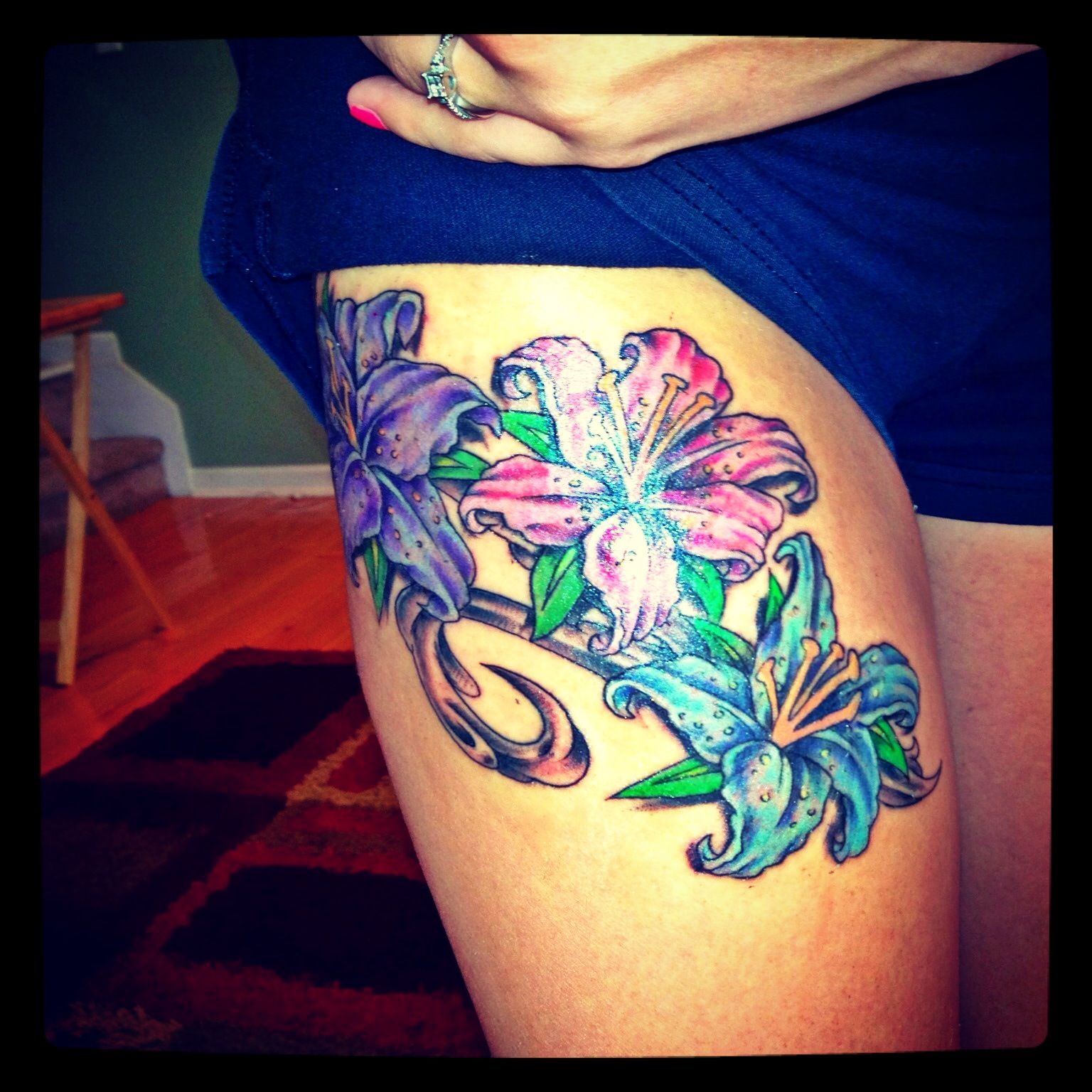 Flower thigh tattoo tattoo wish list pinterest flower thigh