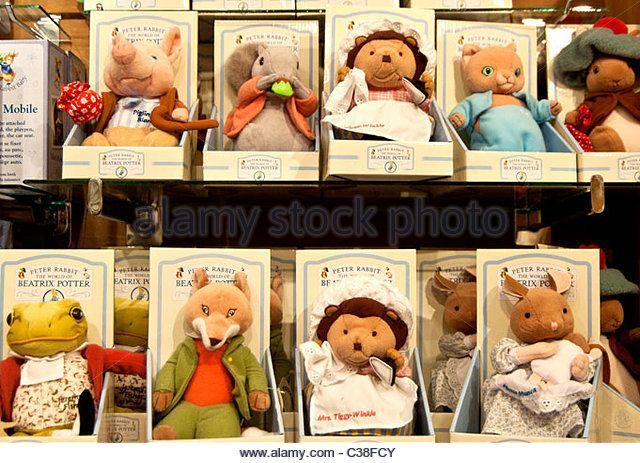 Fluffy toys modelled on figures from Beatrix Potter; Plueschtiere als Spielzeug nach Figuren von Beatrix Potter - Stock Image