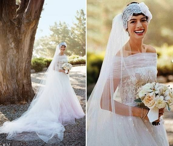 Don T You Just Love Anne Hathaway S Wedding Dress Celebrity And