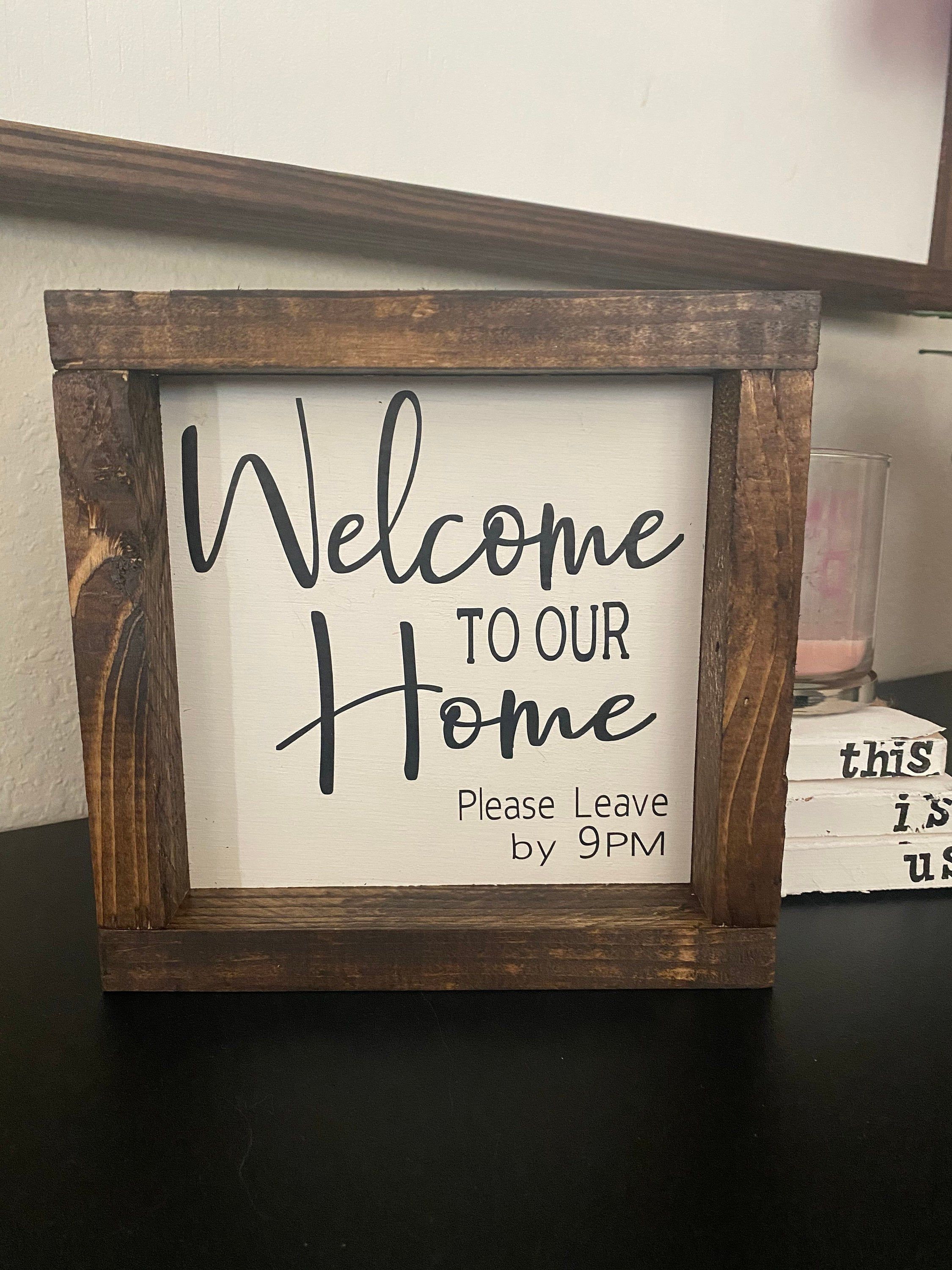 This Is Us Wooden Farmhouse Sign Affiliate Farmhouse Thisisus Woodensign Wood Projects Farmhouse Decor Decor