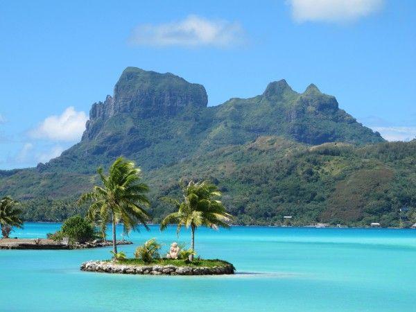 Bora Bora, blue water, and beach. Sounds like a perfect vacation.   Travel to Fiji   Romantic ...