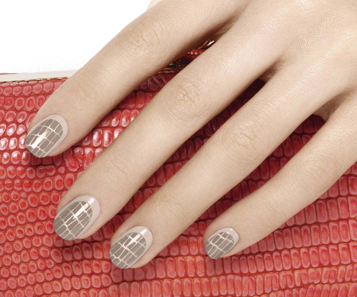 croc clutch - essie looks | Nails | Pinterest | Nail stripes ...