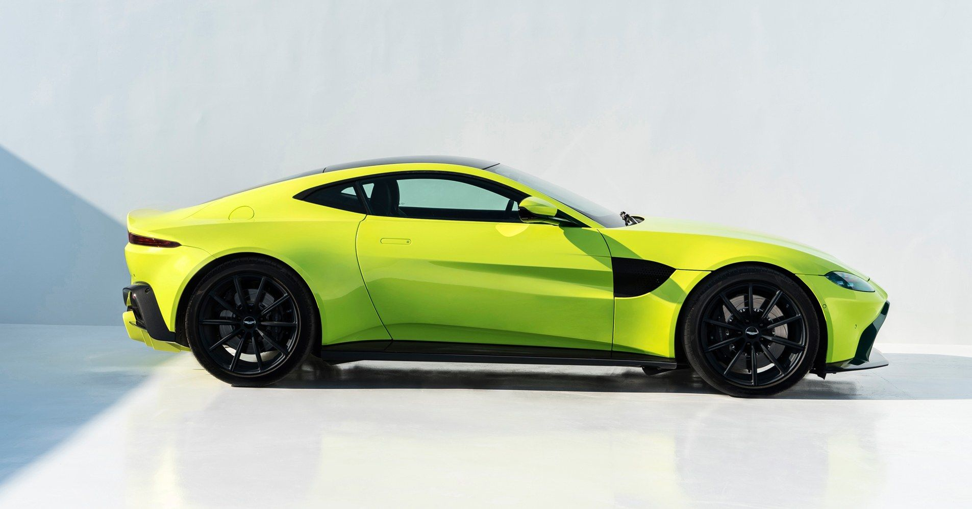 With The New Vantage, Aston Martin Rolls Out Its Smartest U0027Affordableu0027 Car  Yet