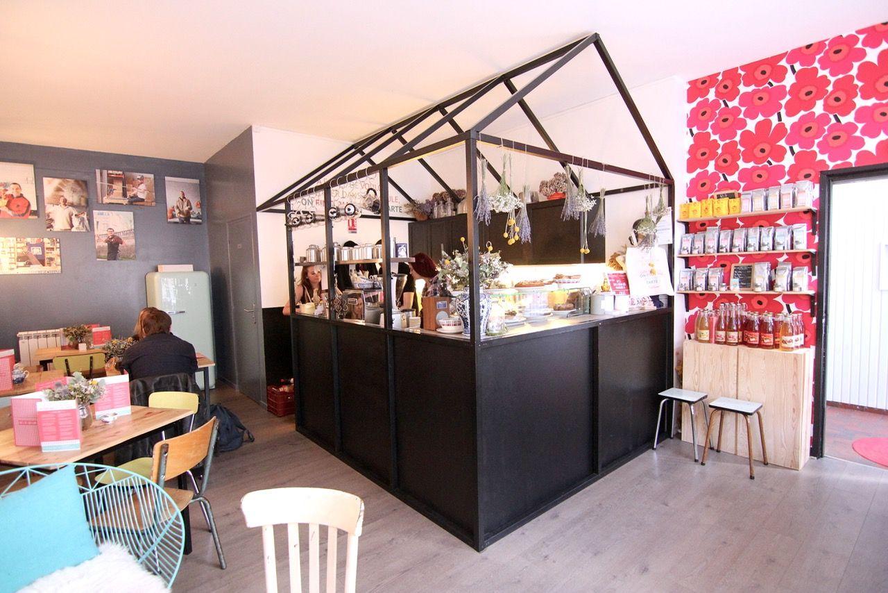 L Impertinente Lille Photo Les Jolis Mondes Lille Salon De The Salon